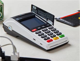 pos机怎么刷磁条卡?